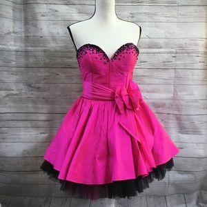 Sherri Hill Strapless Fuchsia Homecoming Dress 10